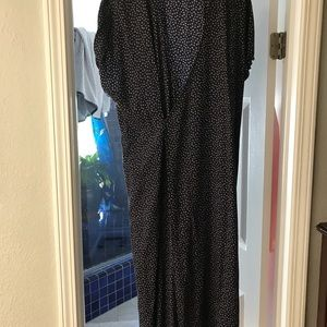 Vince Dresses - VINCE. silk wrap dress. With pockets.